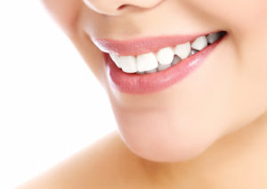 smiling woman with beautiful teeth